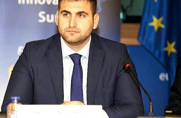 Андрей Новаков: ЕС да спре плащанията си към Гърция при следваща блокада при Кулата