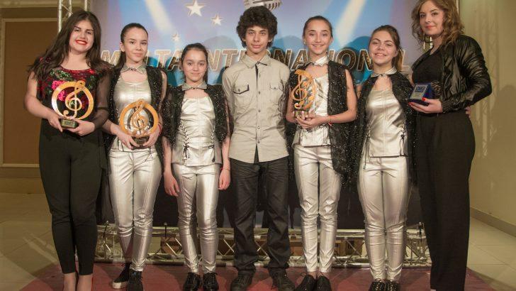 """Певците от вокална формация """"Upstream Voices"""" прославиха Севлиево за трети път в Малта"""