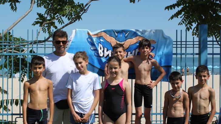 Успешно начало за най-малките състезатели по плуване