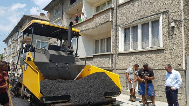 """Кметът: Доволен съм от ремонта на ул. """"Д-р Иван Филипов"""""""