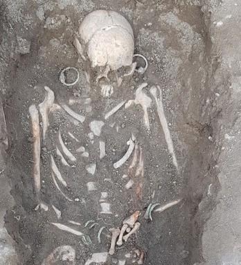 Нова находка на Хоталич: Открит е втори изключително богат гроб