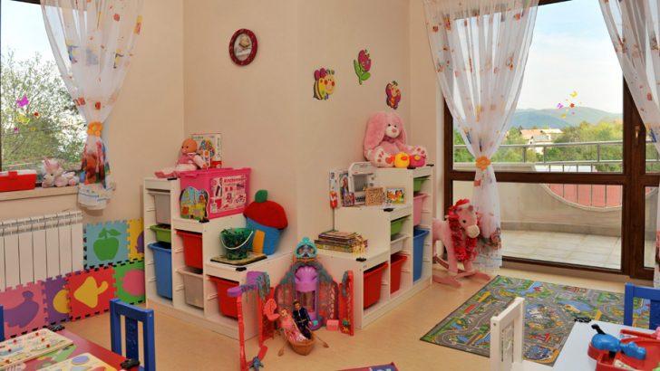 МОН предлага задължителна безплатна детска градина за 4-годишните деца