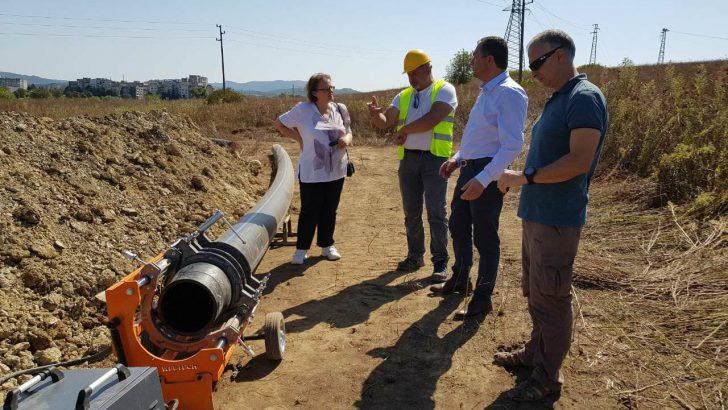 Кметът провери изпълнението на втория проект, с който частично ще се реши проблемът с водата