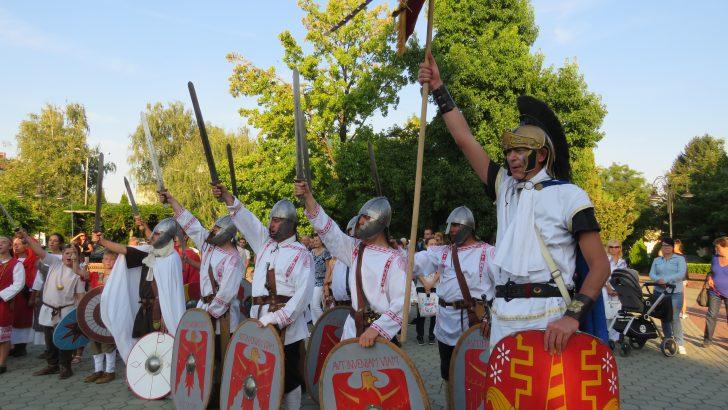 Жители от древността оживяха по улиците на Севлиево