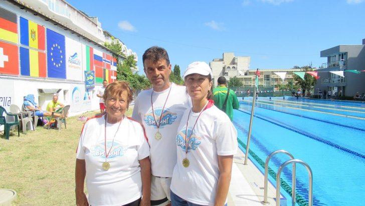 Медали за плувците-ветерани на Държавното в Кранево