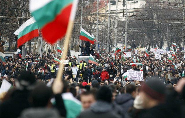 Синдикалисти от Севлиево тръгват на протест в столицата в петък