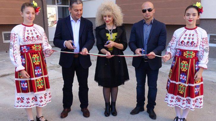 Откриха осмия саниран блок в Севлиево