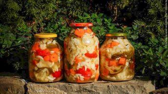 Споделете семейните рецепти за туршии и вземете подарък