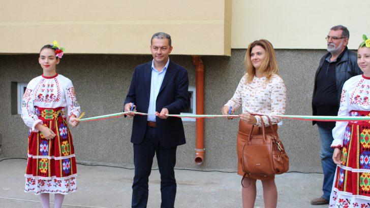 Откриха седмия саниран блок в Севлиево