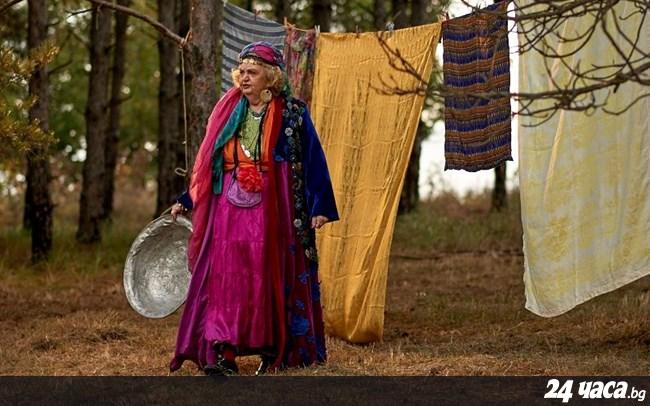 """Комедията """"Лили Рибката"""" на севлиевския режисьор Ясен Григоров показват предпремиерно в града"""