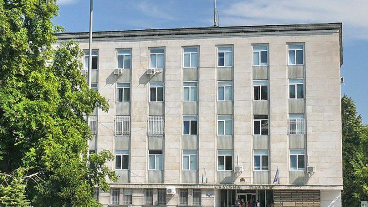 Майката, която би учителка в Севлиево, се жалва от присъдата си от Районния съд