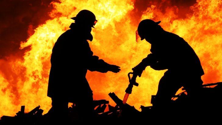 Два пожара снощи, предизвикани от безотговорност