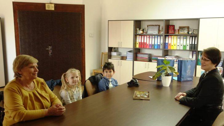 """Малки-големи шефове два дни въртяха на два пръста детските градини """"Радост"""" 1 и 2"""