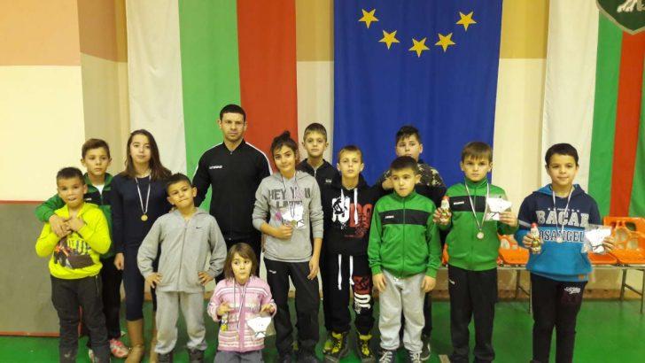 Джудистите ни обраха медалите на коледния турнир в Сливен