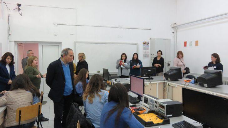 ПГМЕТ посрещна група учители от Португалия