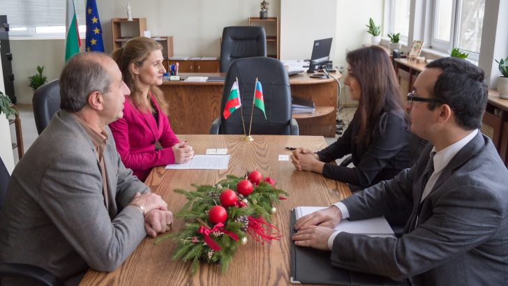 Обсъжда се провеждането на бизнес форум за фирми от региона и от Азербейджан