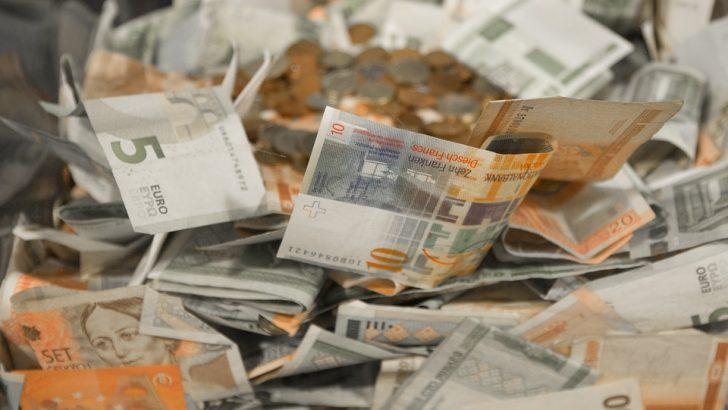 """С 1400 лв., 350 евро и златни накити """"изгоряха"""" пенсионерки"""