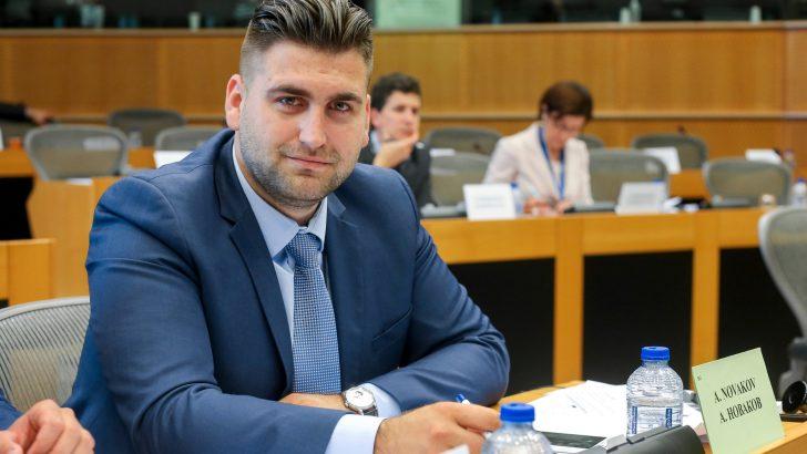 Евродепутатът Андрей Новаков внася доклад в ЕП за ефекта от европейското финансиране за магистрали и жп линии в България и ЕС