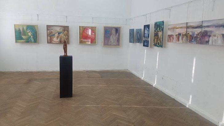 В Музея на съвременното изкуство показват творбите на габровски художнички