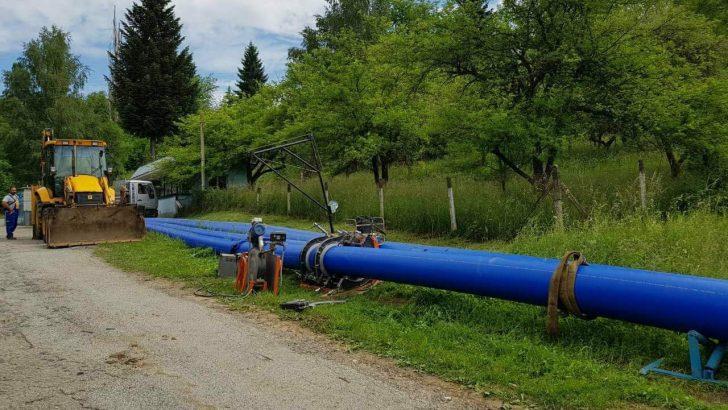 Авария на довеждащия водопровод оставя села без вода. Севлиево е с намален дебит