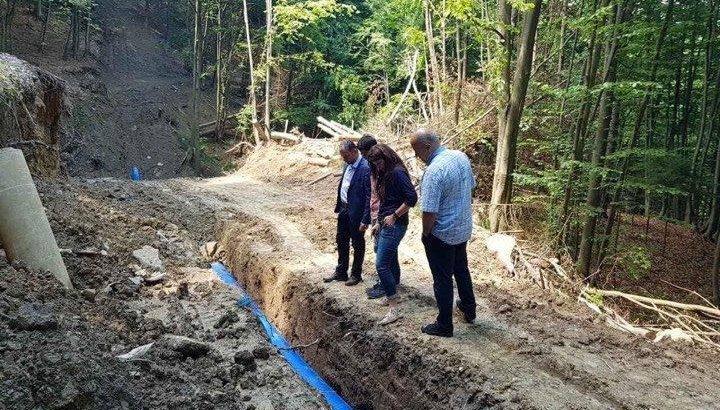 Реконструкцията на довеждащия водопровод се изпълнява с по-бързи темпове от очакваните