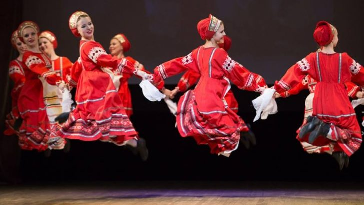 """Руският ансамбъл """"Калинка"""" с концерт в Севлиево"""