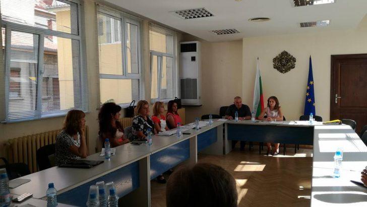 Координационен център ще следи децата, отпаднали от образователната система