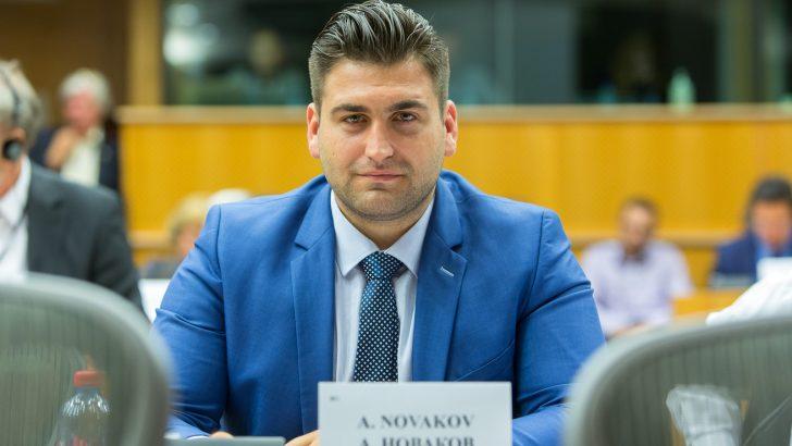 Андрей Новаков отново ще е един от преговарящите по бюджета на ЕС