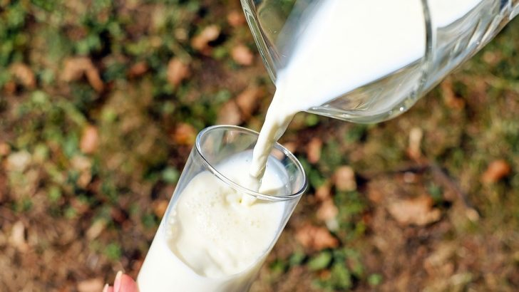 Не купувайте млечни продукти с неизяснен произход от нерегистрирани производители