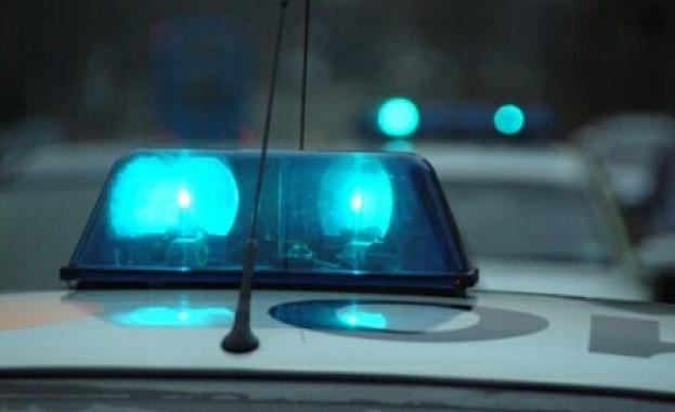 Двама младежи на 18 и 20 години обраха вила, полицията ги хвана