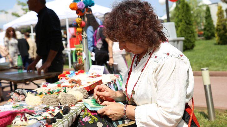 """Демонстрации на приготвяне на храни и продукти за дома на фестивала """"Семе българско"""""""