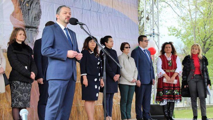 """Д-р Иван Иванов: За шеста поредна година събираме нашите традиции на """"Семе българско"""""""