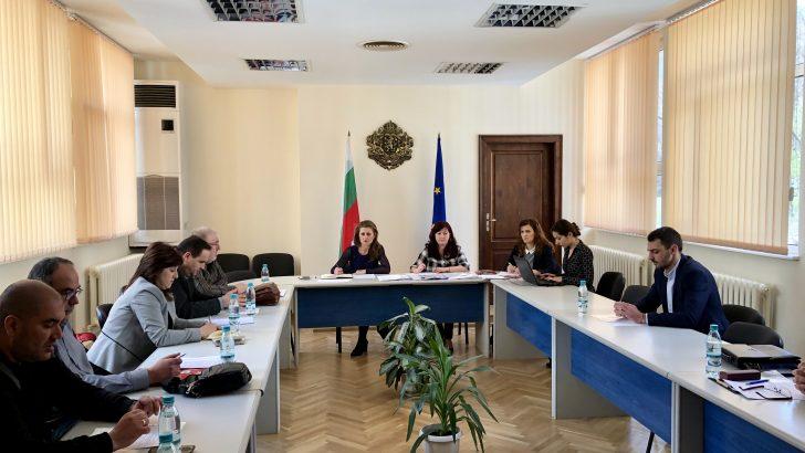 Макар и трудно бе постигнато съгласие за Районната избирателна комисия с познато от предишните избори ръководство