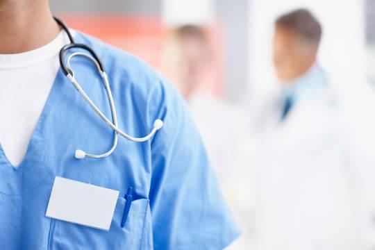 Сърдечно-съдовият хирург д-р Пейо Мишев ще преглежда на 10 май