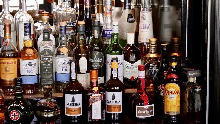 Търси се крадец на 15 литра марково уиски