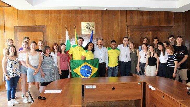 Младежи от 8 държави обмениха добри практики за доброволчеството в Севлиево