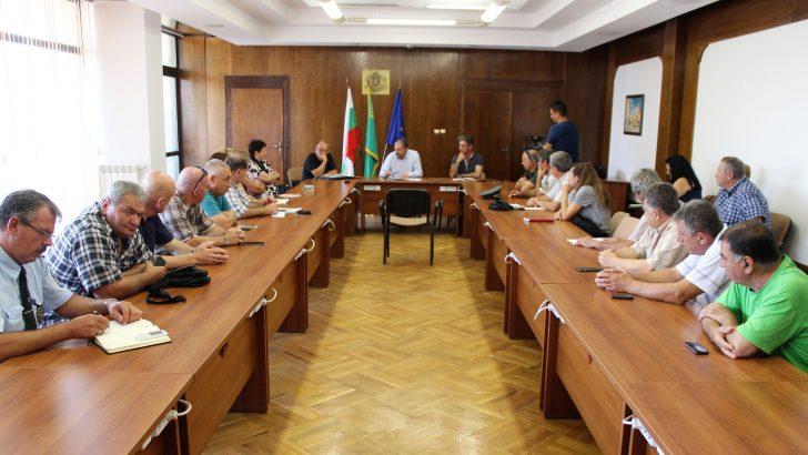 Предприемат се мерки за преустановяване отглеждането на домашни прасета в община Севлиево