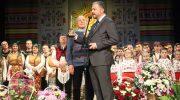 """Севлиевският фолклорен ансамбъл """"Развитие"""" получи награда за Ансамбъл на годината"""
