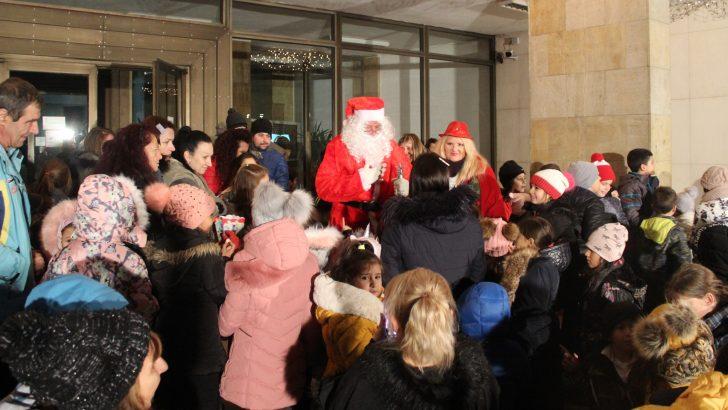 Дядо Коледа дойде в Севлиево