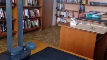 Дариха планетарен настолен скенер на Градска библиотека в Севлиево