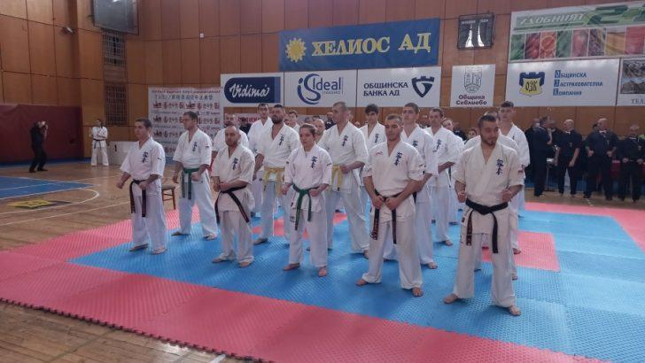 В Севлиево се проведе Национално първенство по карате шинкиокушин