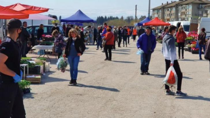 Петъчният пазар за земеделската продукция остава на панаирната площадка