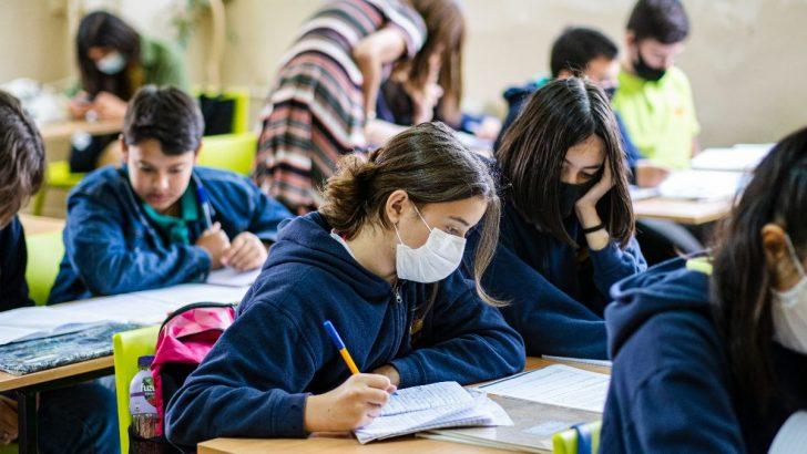 Нова програма финансира училищни проекти за преодоляване на последствията от пандемията