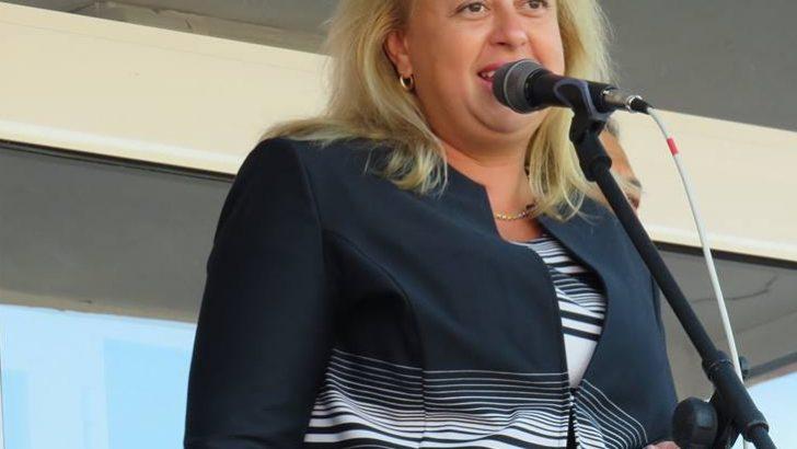 Народният представител Иглика Иванова-Събева посети Дневния център за хора с увреждания
