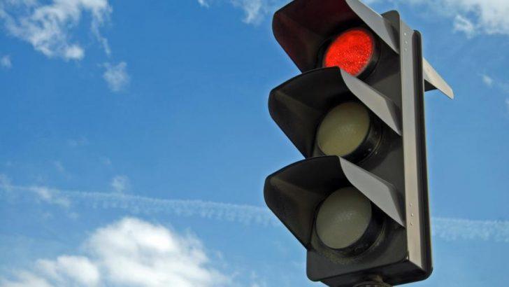 """Няма да има светофар на кръстовището между улиците """"Росица"""" и """"П. Р. Славейков"""""""
