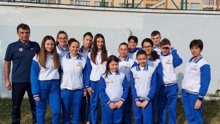 Четири медала за Дарий Бончев и Ивайла Йонкова от международен турнир по плуване