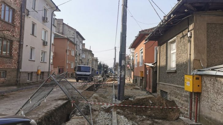 Община Севлиево ремонтира улици и водопроводи в града