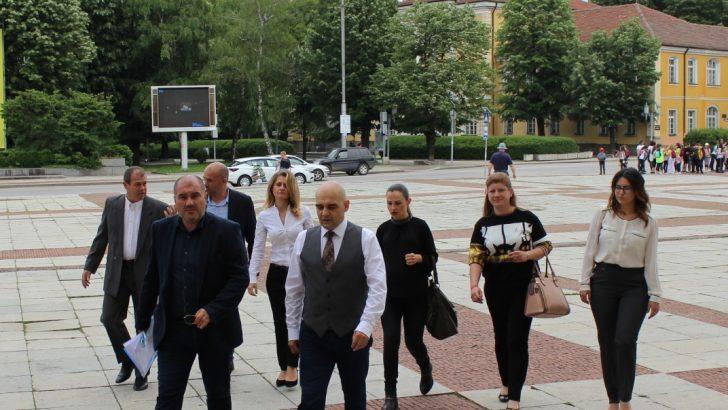 ГЕРБ-Габрово регистрира листа само от местни кандидати с водач Томислав Дончев и нови млади попълнения