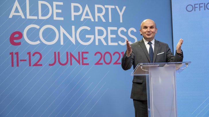 Севлиевецът Илхан Кючюк е новият президент на европейските либерали